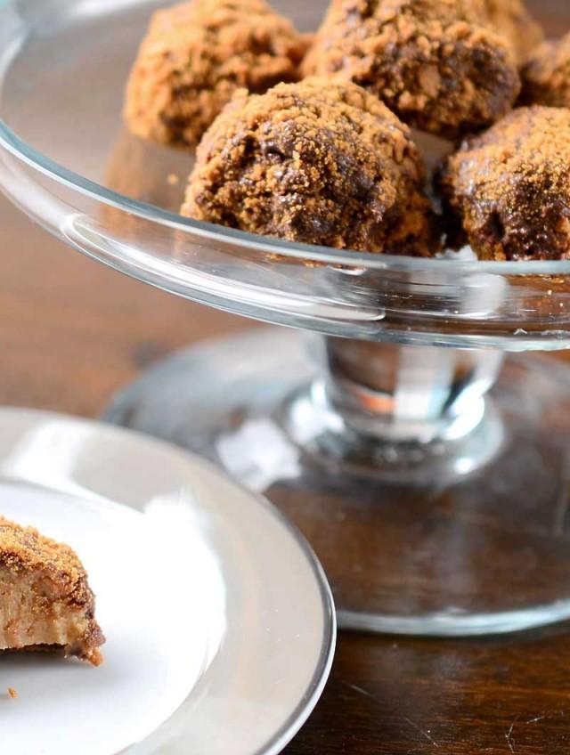 Chocolate Biscoff Truffles Recipe — Dishmaps