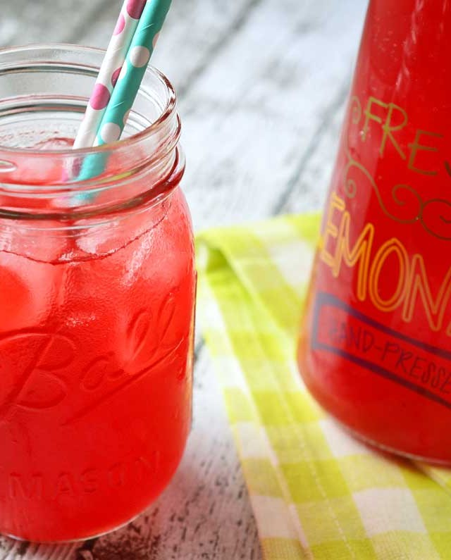 Blackberry Mojito Tea Lemonade (Starbucks Copycat)