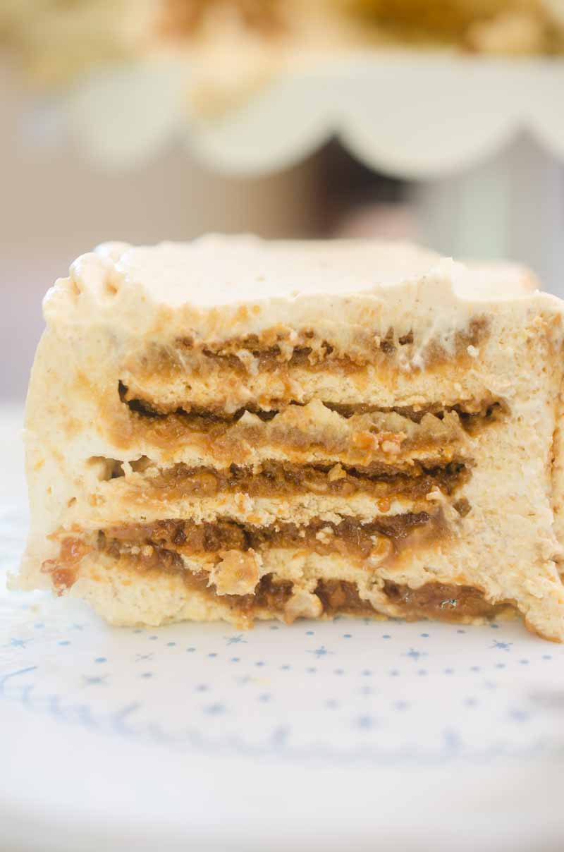 This Pumpkin Gingersnap Icebox Cake is a delectable no-bake cake with layers of gingersnaps and fluffy pumpkin whipped cream. It is simply bliss and a fabulous fall dessert!