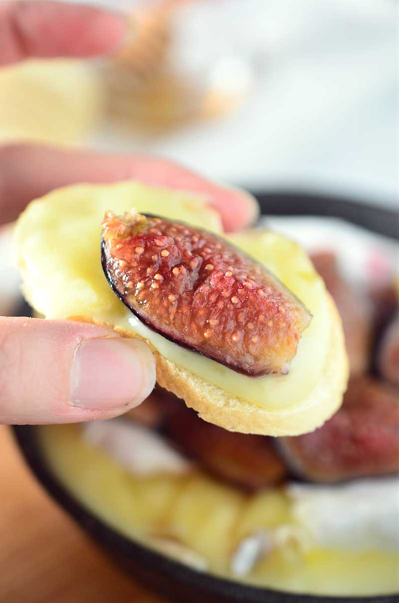 Baked-Brie-with-Roasted-Figs-2