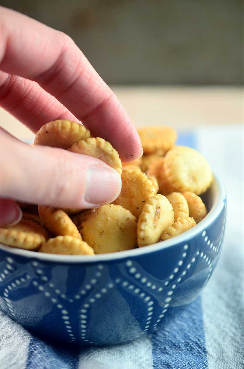 Cajun Seasoned Oyster Crackers - 4 ingredients and 20 minutes is all you need for these quick and easy these Cajun Seasoned Oyster Crackers. They make a great spicy snack and soup topper.