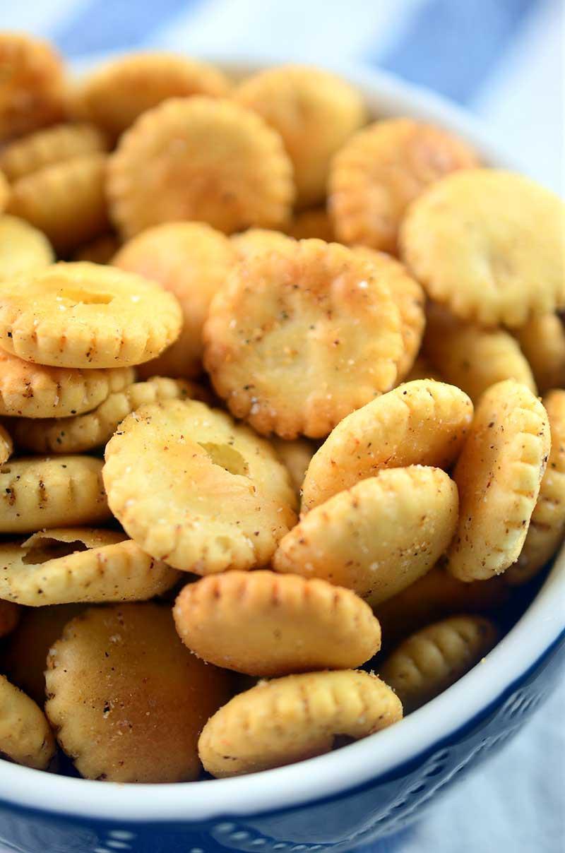 Cajun Seasoned Oyster Crackers