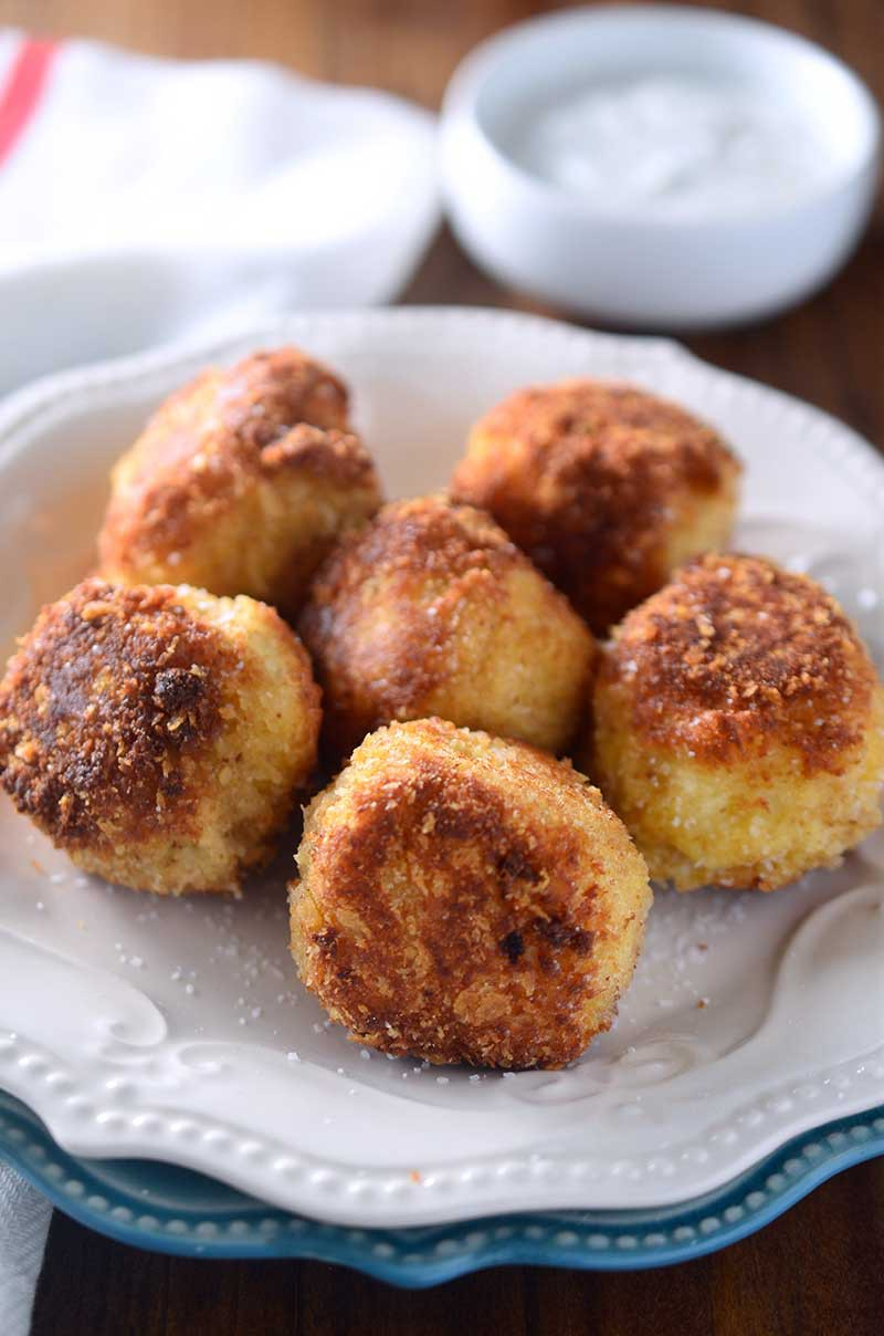 Cheesy Roasted Garlic Potato Balls