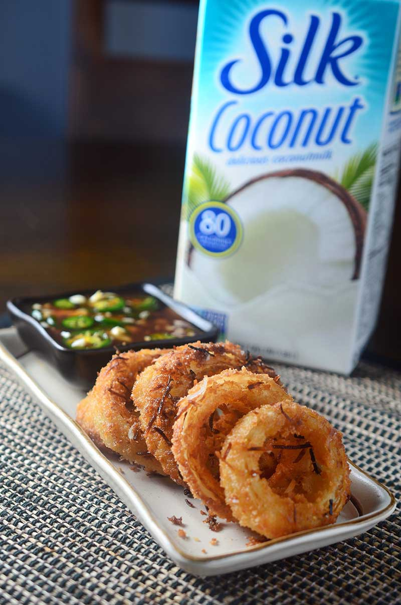 Crispy Coconut Onion Rings with Sweet N' Spicy Dipping Sauce