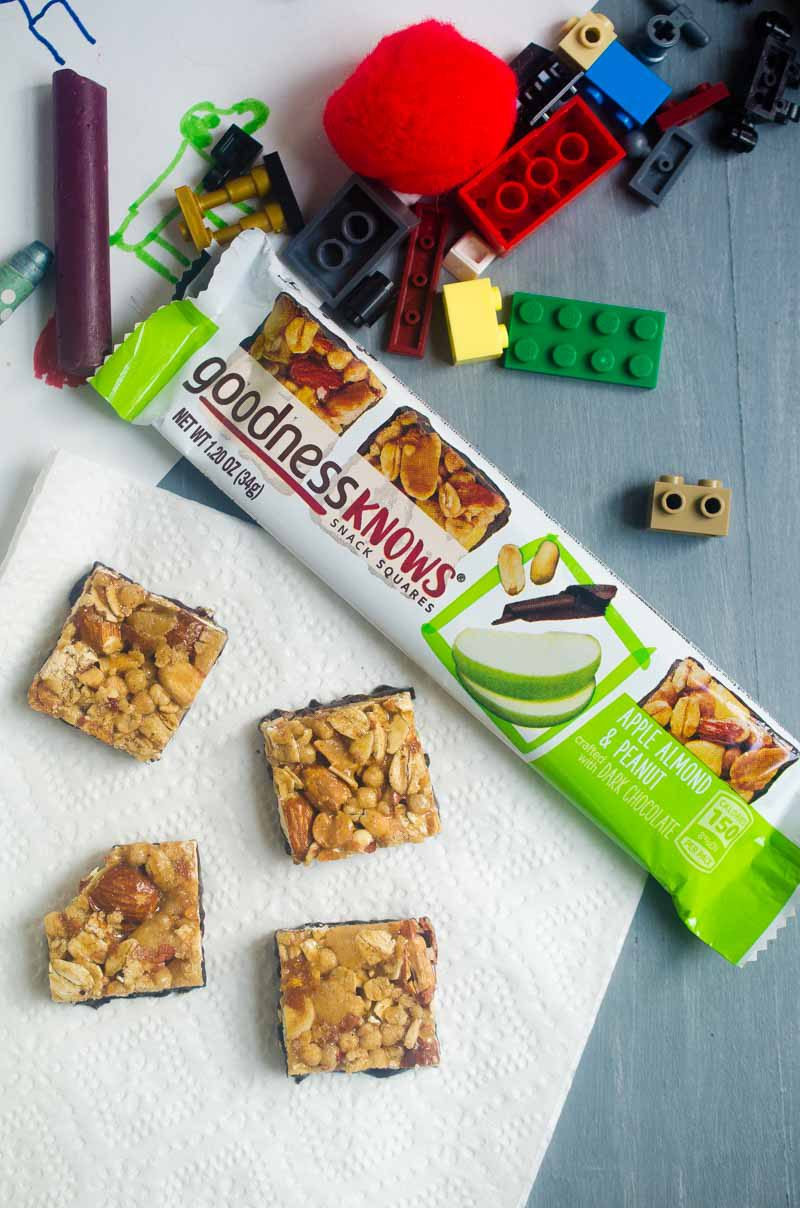 goodnessKNOWS snack squares are the perfect snack with whole nuts, real fruits, toasted oats and dark chocolate are. Add them to lunches, snack on them after school or while you're having some me time.