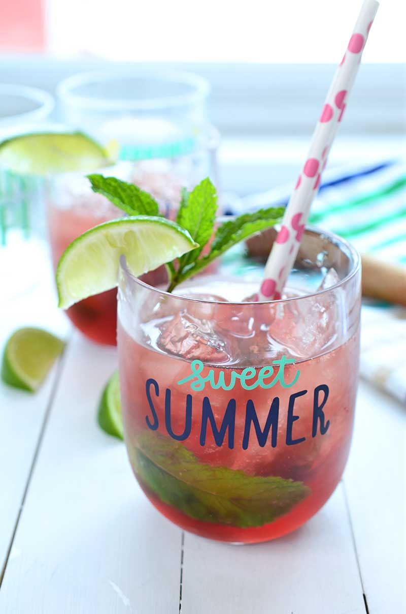 If you are looking for the perfect, refreshing drink for summer parties, this pomegranate mojito is it!