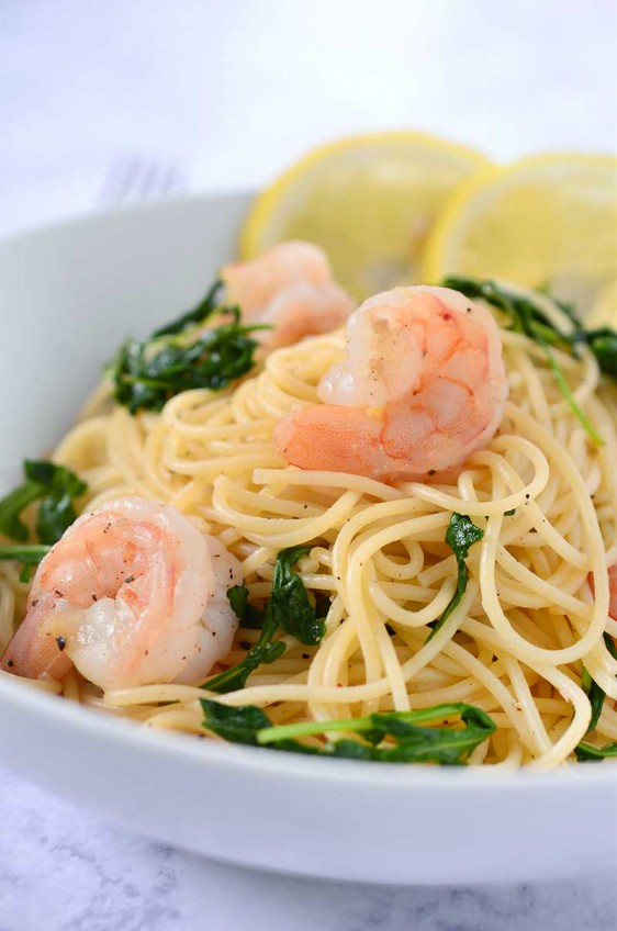 Shrimp Pasta with Arugula and Lemon