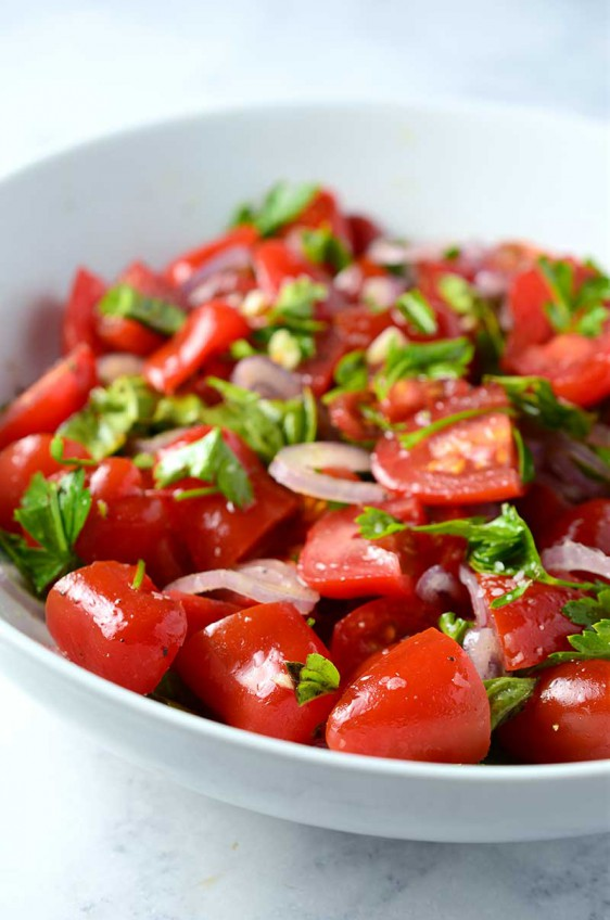 Simple Summer Tomato Salad