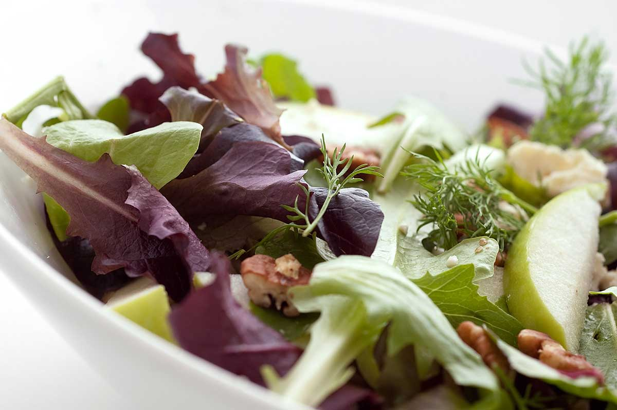 Apple, Gorgonzola and Pecan Salad