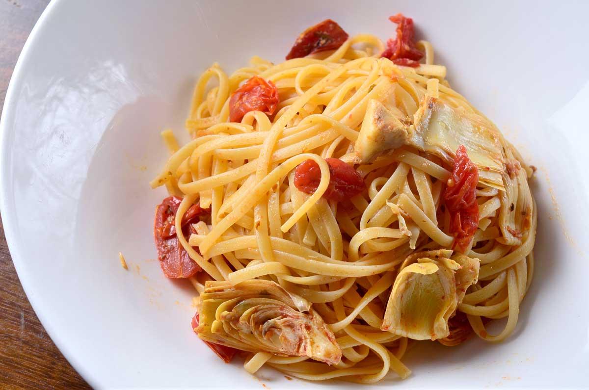 Balsamic Artichoke and Tomato Pasta