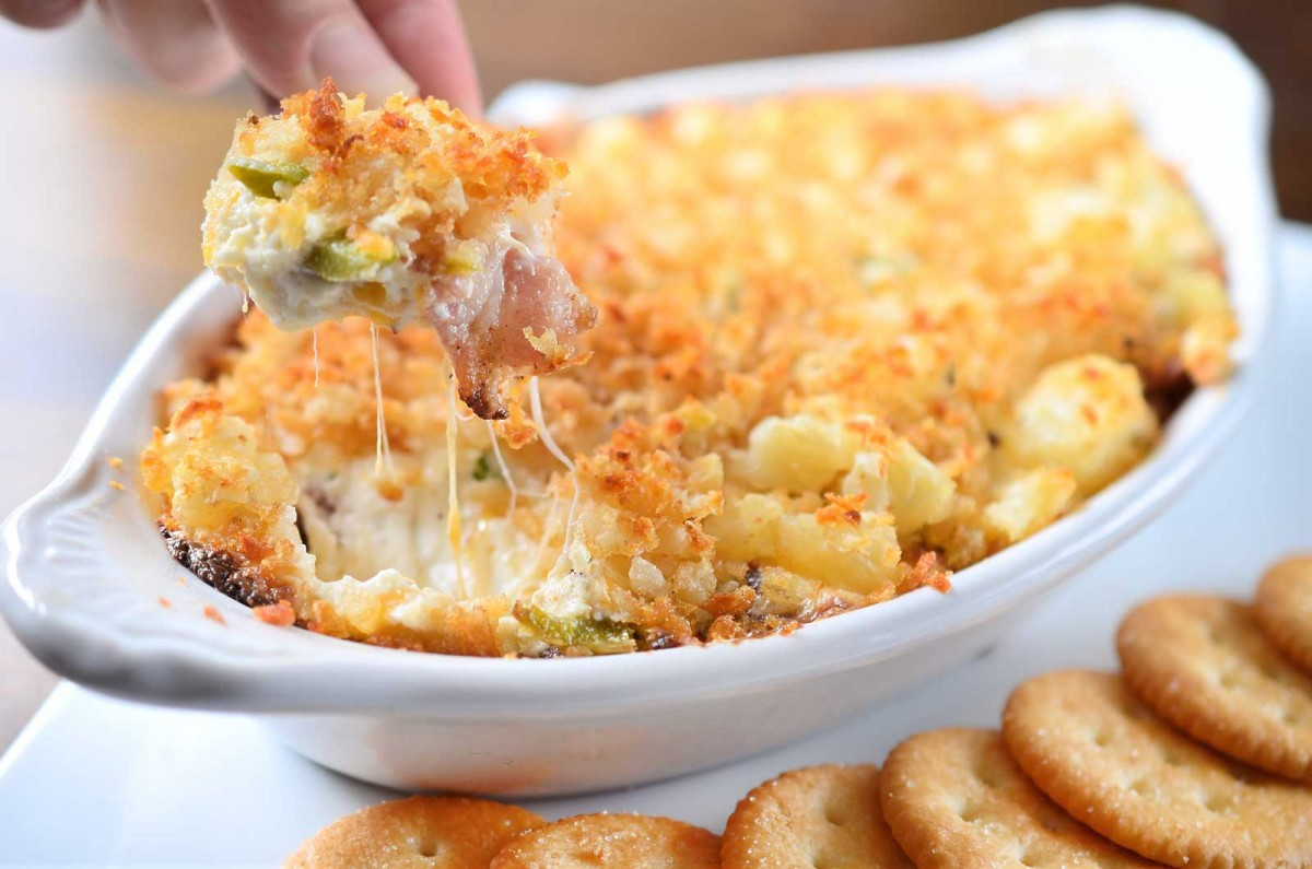 Cheesy Jalapeno Bacon Dip with Tater Tot Crust