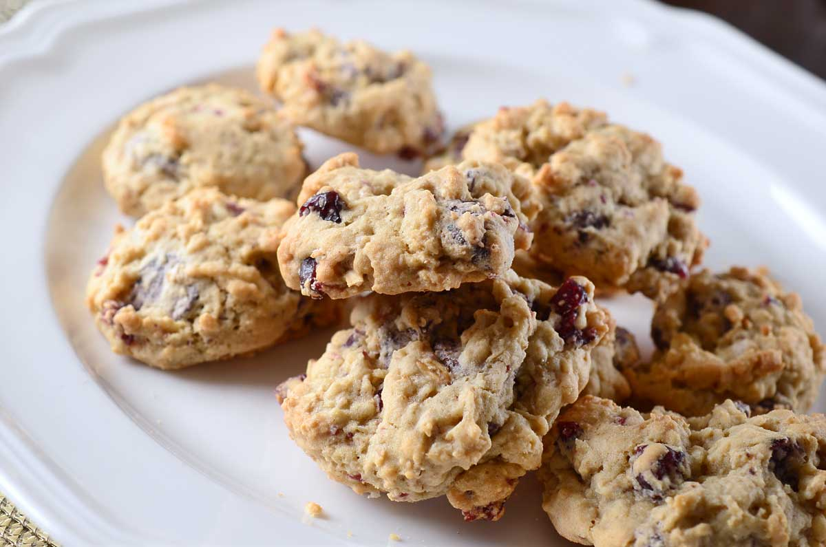 Dark Chocolate, Cranberry and Oatmeal Cookies