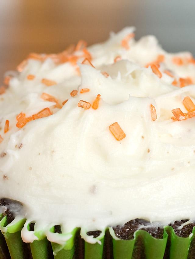 Dark Chocolate and Pumpkin Cupcakes
