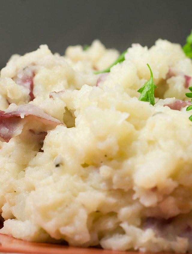 Roasted Garlic Mashed Red Potatoes