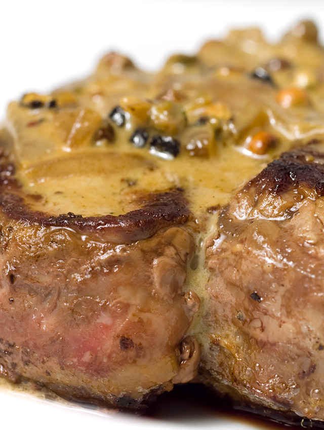 Filet Mignon with Peppercorn Sauce