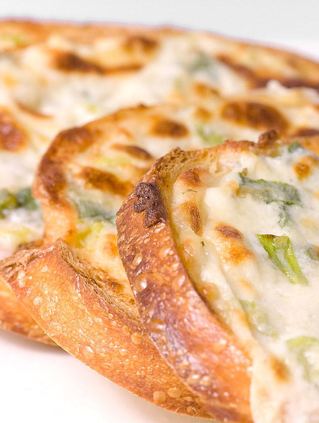 Garlic Cheese Bread - Life's Ambrosia