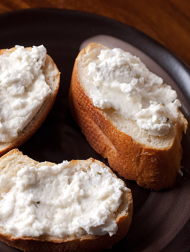 Goat Cheese and Honey Crostini