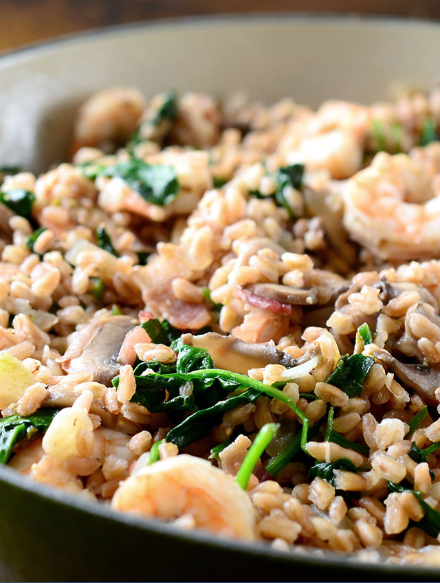 Farro with Shrimp, Bacon, Mushrooms and Spinach