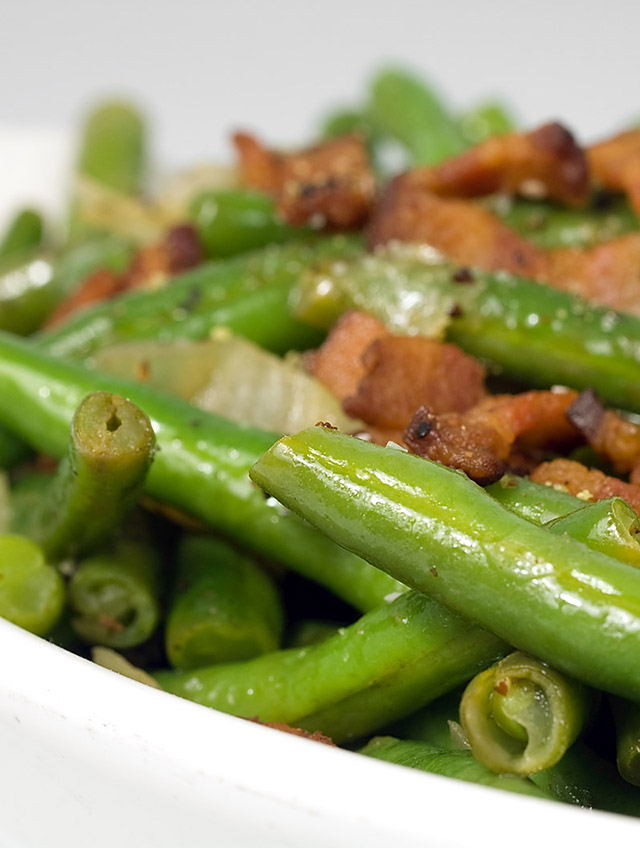 Green Beans with Pepper Bacon