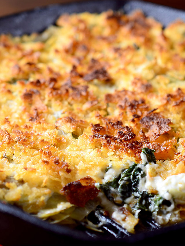 Hot Kale and Artichoke Dip
