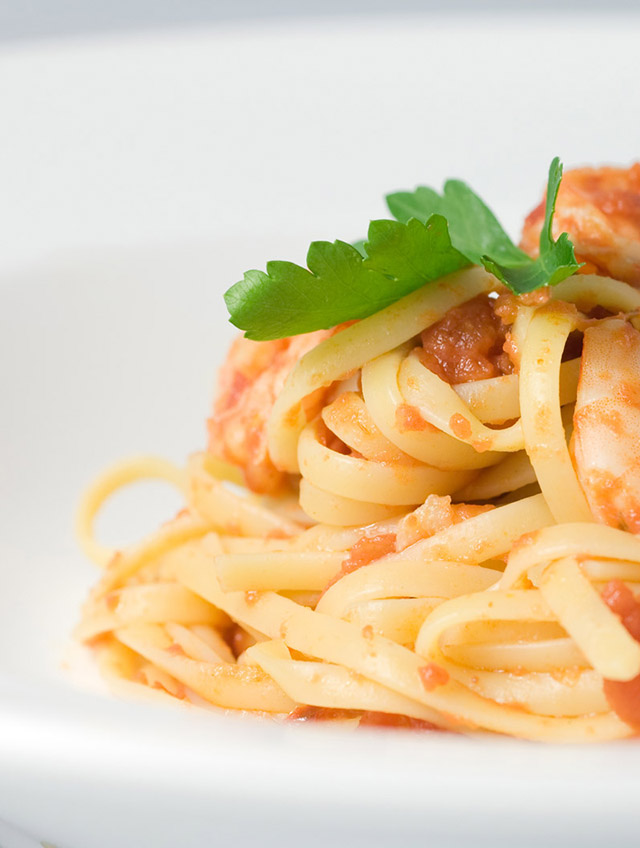 Spicy Prawn and Tomato Pasta