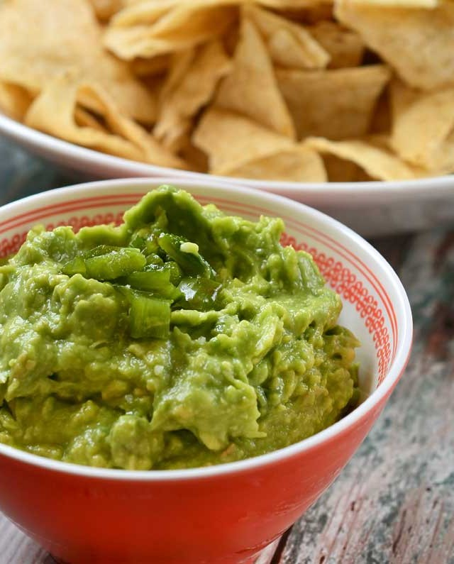 Roasted Jalapeno and Garlic Guacamole