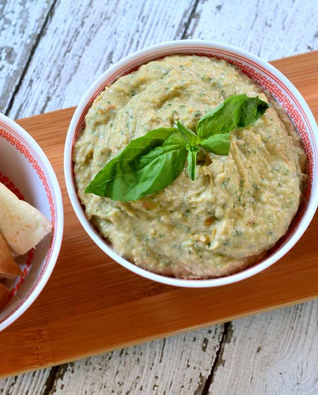 Roasted Tomato and Herb White Bean Hummus
