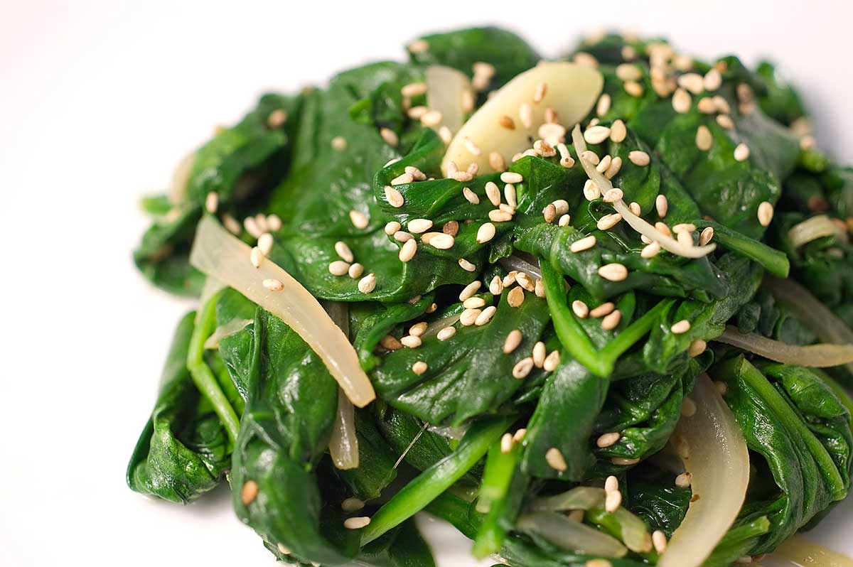 Sauteed Spinach with Toasted Sesame Seeds