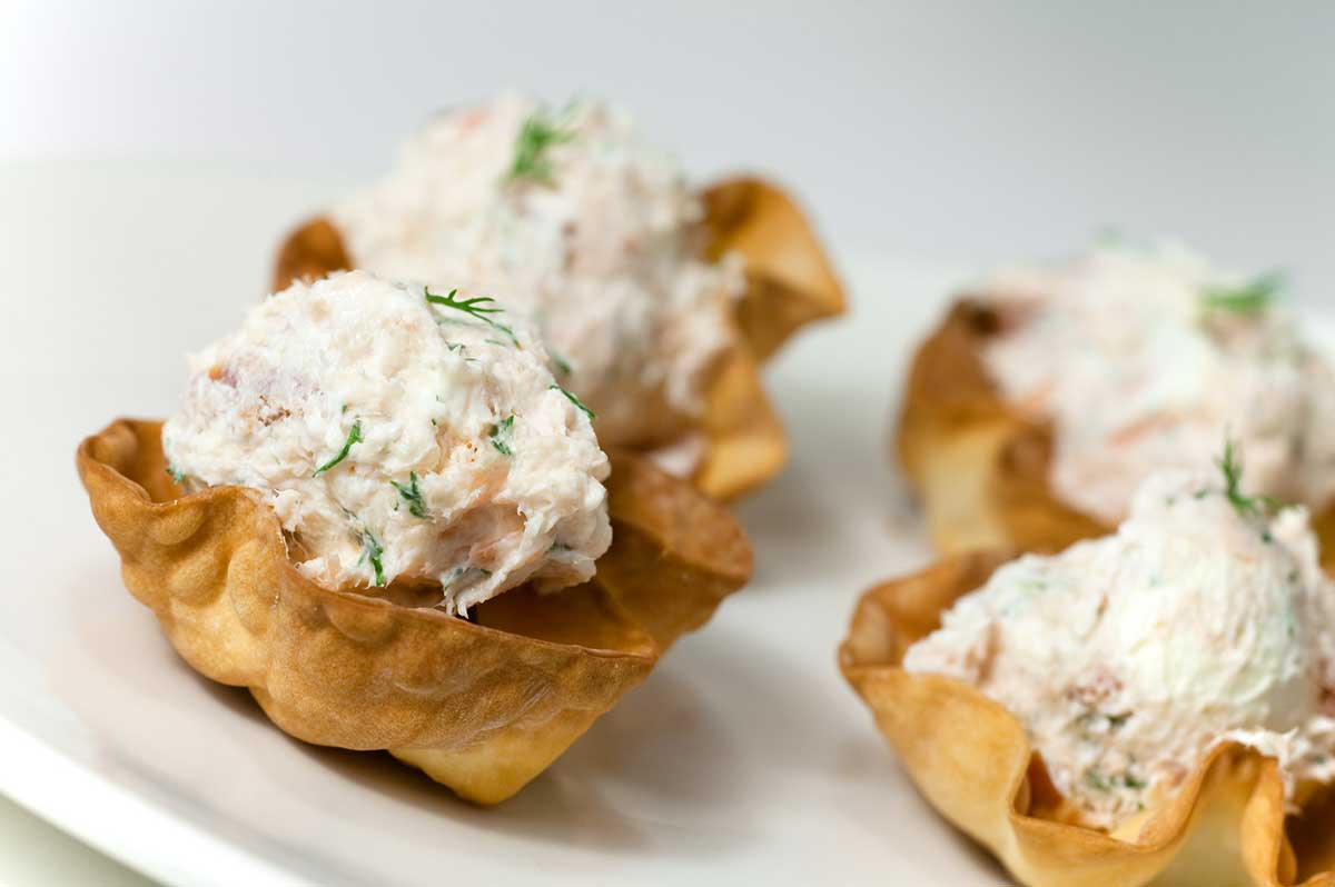 Smoked Salmon and Dill Cups