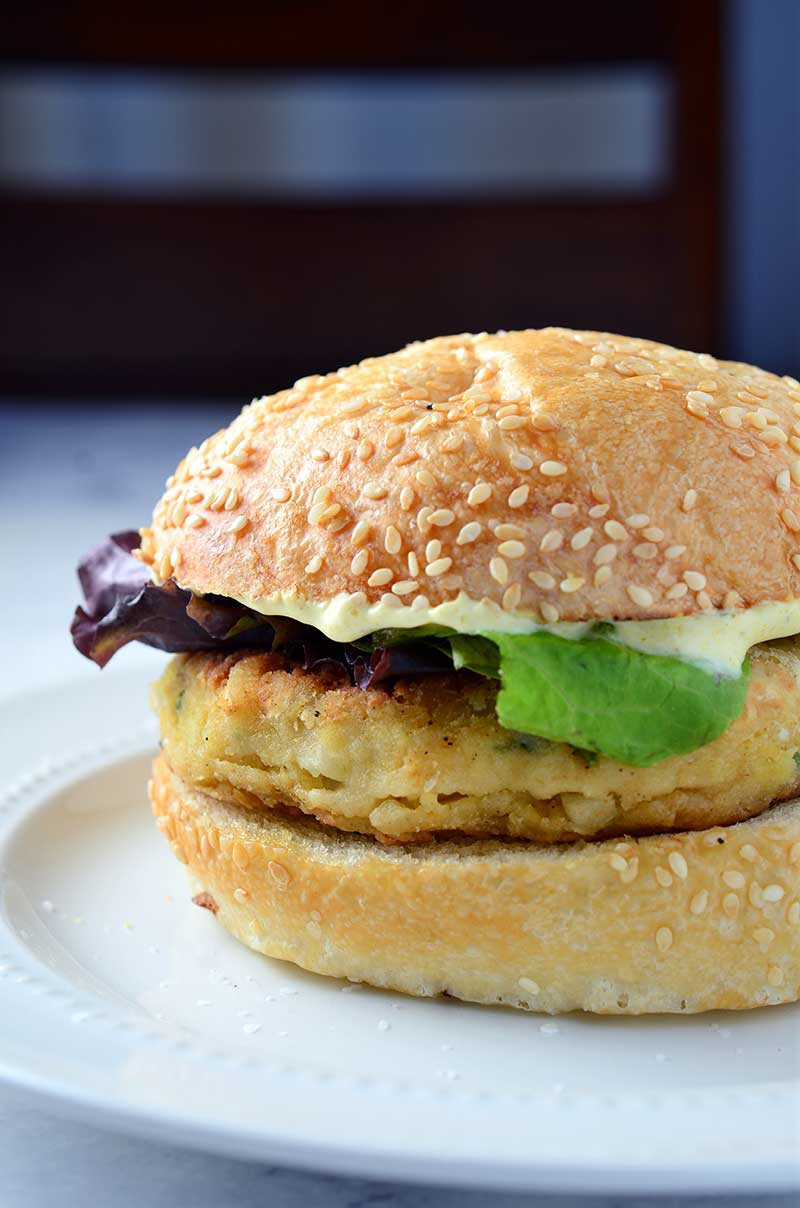 Chickpea Burger with Curried Yogurt Sauce