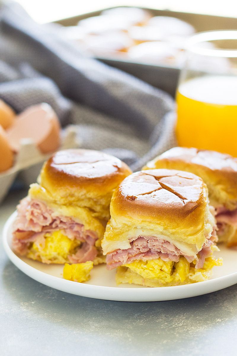 Ham and Swiss Breakfast Sliders are an easy, delicious and filling breakfast!