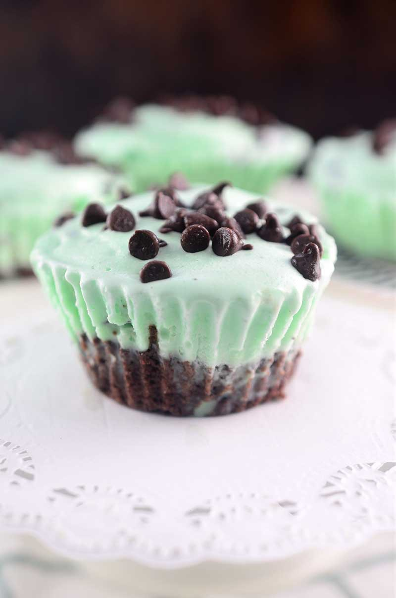 Mint Chocolate Chip Ice Cream Brownie Cups