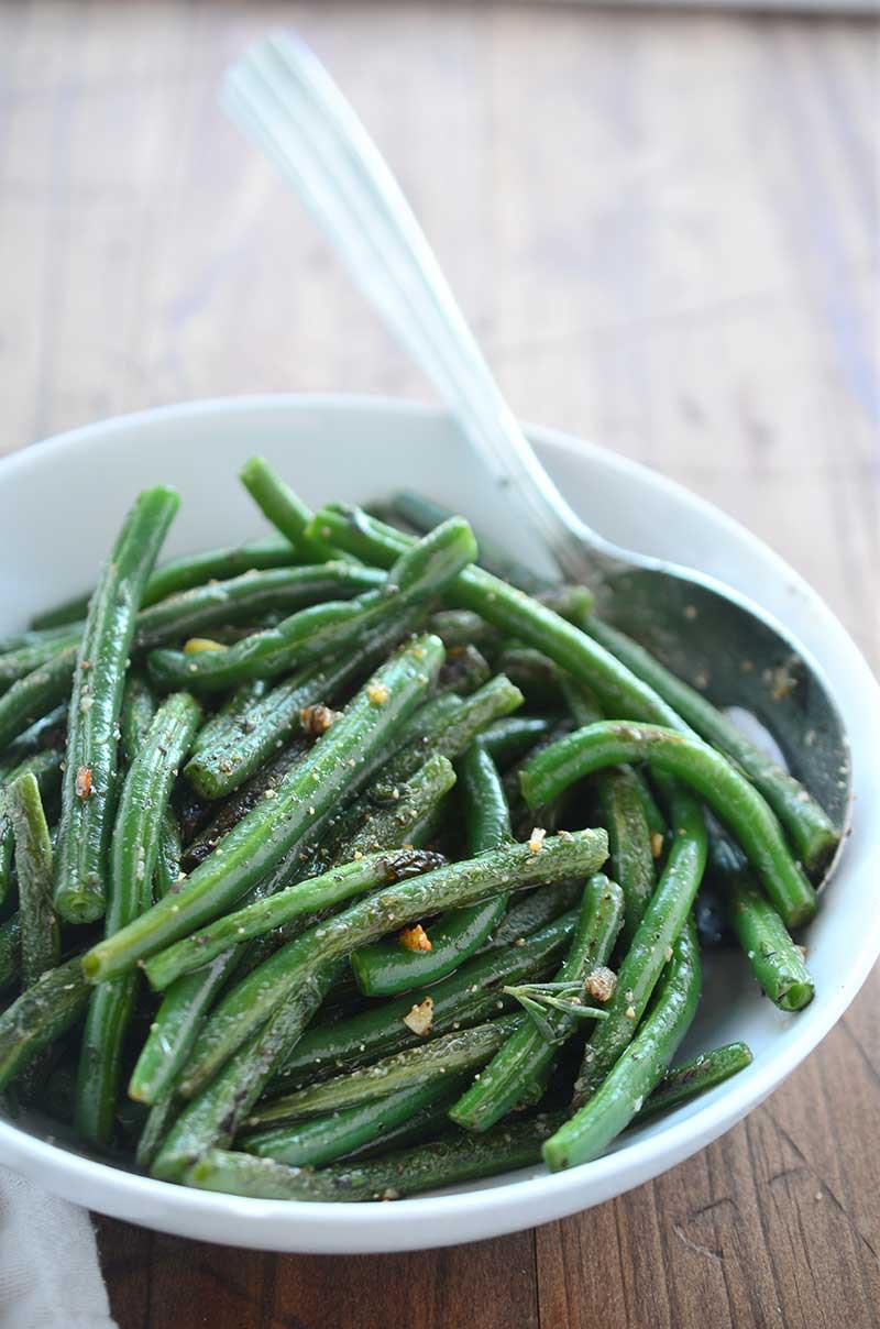 Summer Savory and Garlic Green Beans