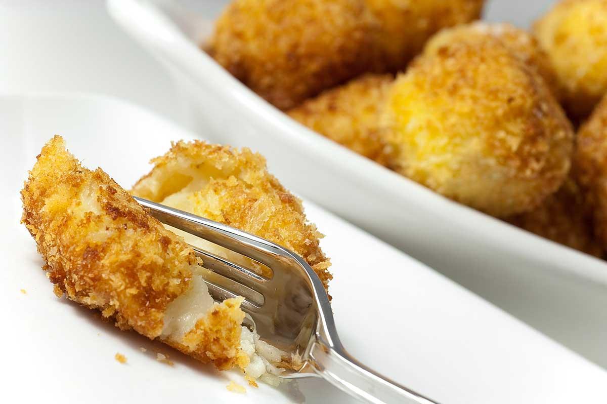 Cheesy Roasted Garlic Potato Balls