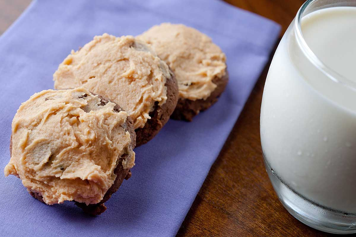 Chocolate Cookies with Peanut Butter Cream Cheese Frosting