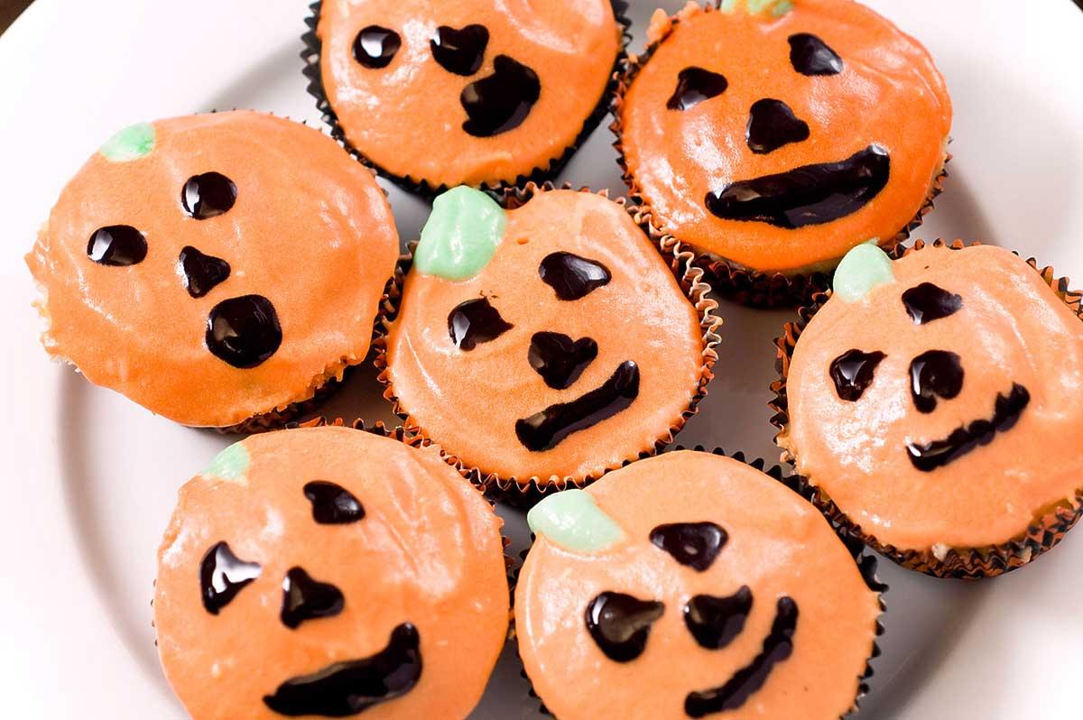 Jack-O-Lantern Cupcakes